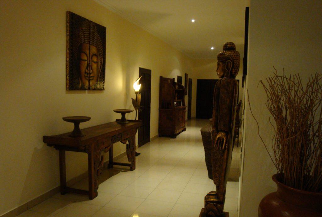Hal naar slaapkamers op Bali