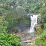 Watervallen kijken op Bai